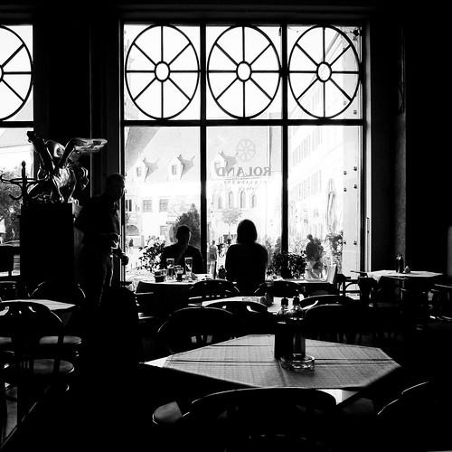 Rendez-vous in Bratislava (film noir) (Café Roland, Bratislava) - Photo : Gilderic