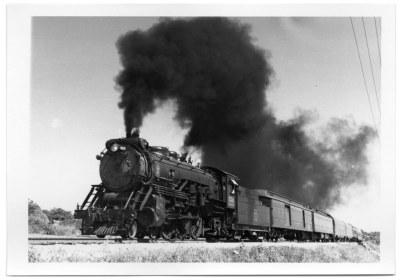 Fort Worth & Denver 4-6-2 heading the Burlington Texas Zephyr into Dallas on September 13th, 1954
