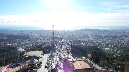 มุมมองเมือง Barcelona จาก Tibidabo