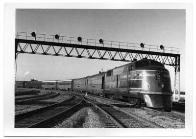 Rock Island Texas Rocket arriving in Dallas in 1949