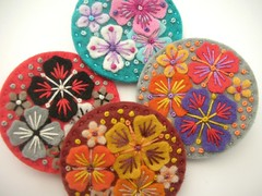 NEW 'SUMMER RAIN' MINI FELT BROOCHES