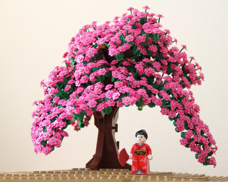 Cerezos en flor y japonesa en kimono, de Lego