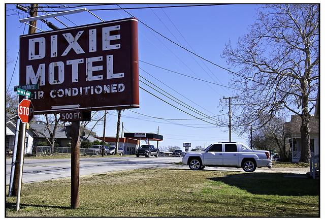 Dixie Motel
