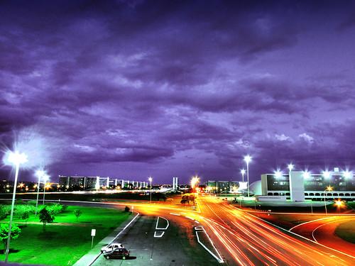 Brasília à noite by Pedro Lacerda - Le Monsieur