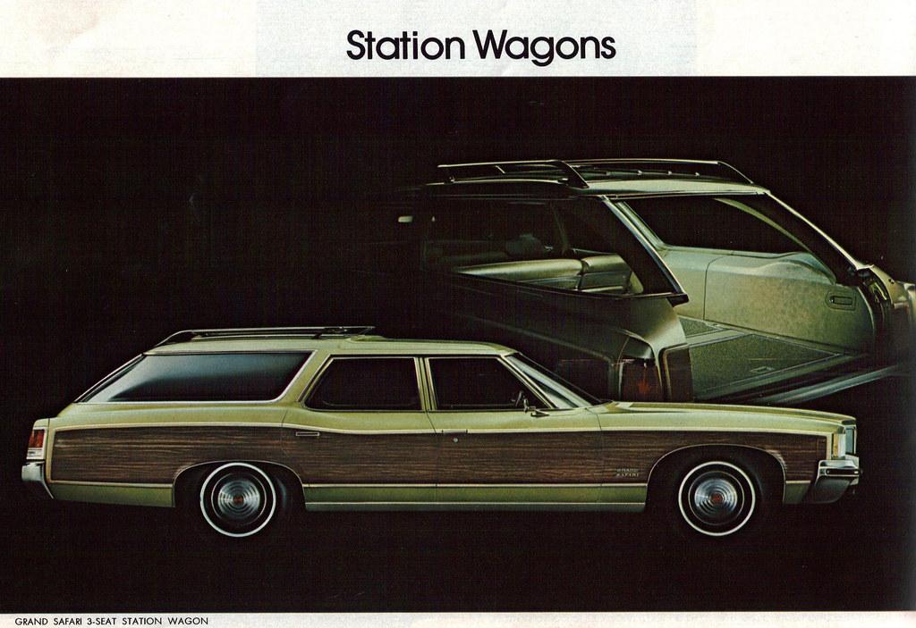 1972 Pontiac Grand Safari Station Wagon
