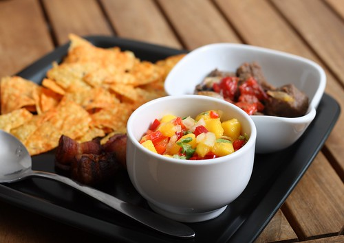 Steak with roasted pepper & onion served with mango salsa