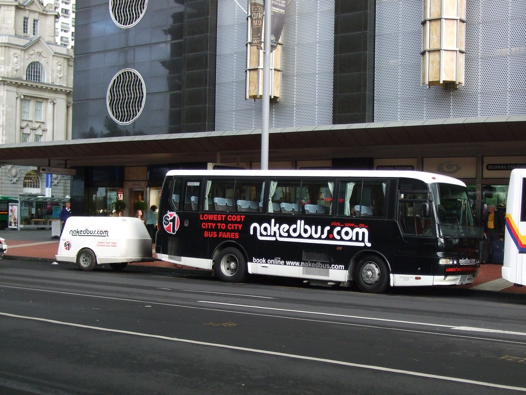 nakedbus in Auckland