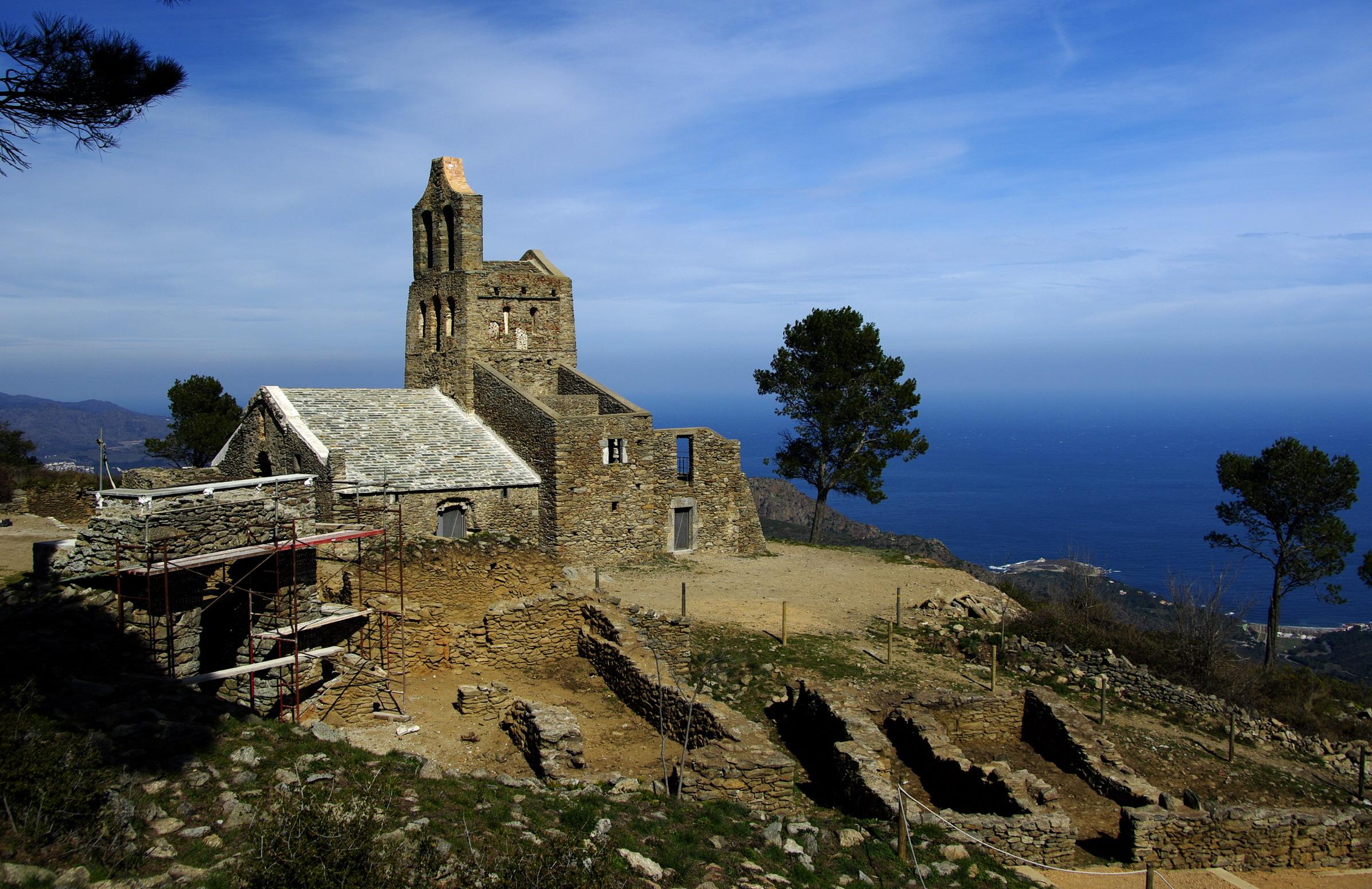 L Antic Poble De Santa Creu Abandoned Medieval Village Flickr Photo Sharing
