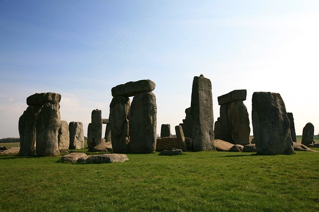 25 Awesome Places You Must Visit Before You Die chalbatohi Stonehenge