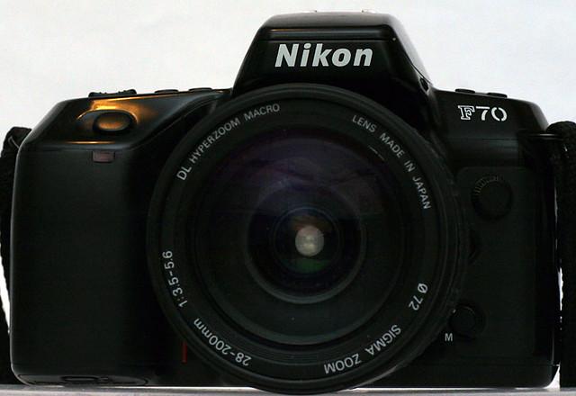 Nikon-F70