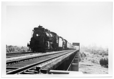 Texas & Pacific Sunshine Special on Trinity River Bridge in 1948