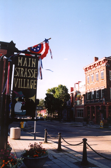 Main Strasse Village, Covington, KY