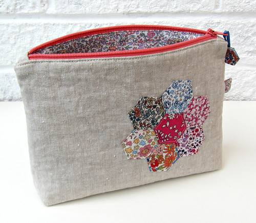 Liberty hexie pouch 2