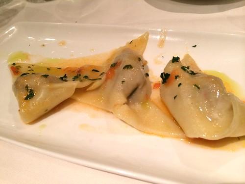 魚介のパテを詰めたラヴィオリ リグーリア風@オステリア・トット