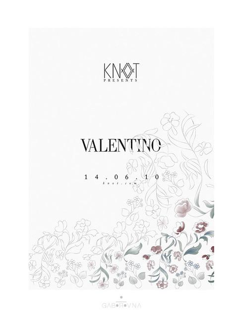 valentino fashionshow poster