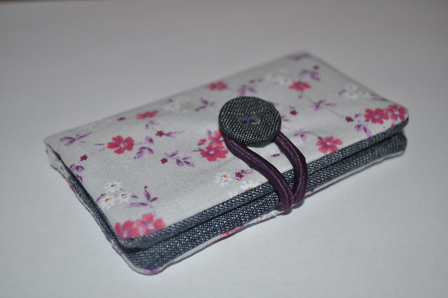2013-09-11 Business card holder