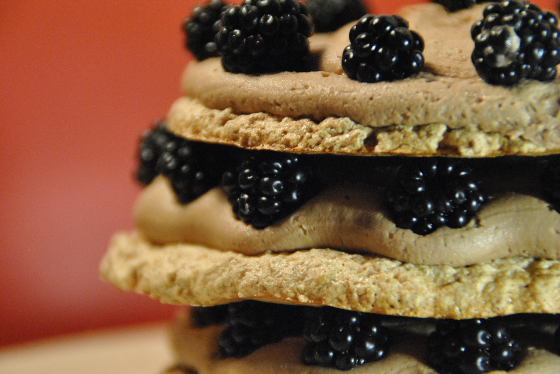 meringue dacquoise blackberry and nutella