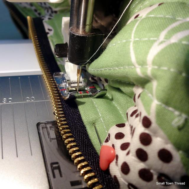 Topstitching zipper