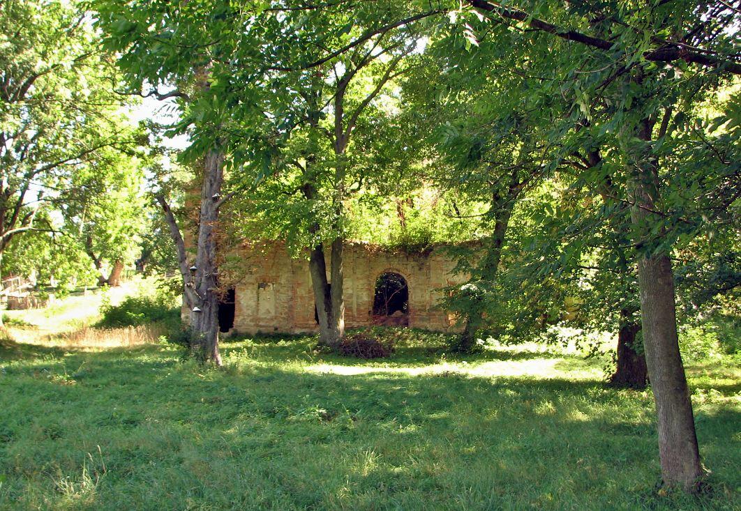 Ruiny kúrie v Glabušovciach