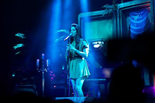 Lana Del Rey On Stage In Milan
