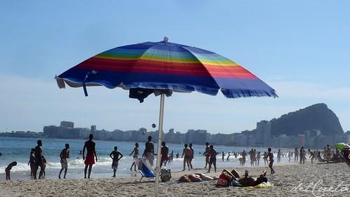 Ponta 140108 022 Copacabana barraca de praia by Valéria del Cueto