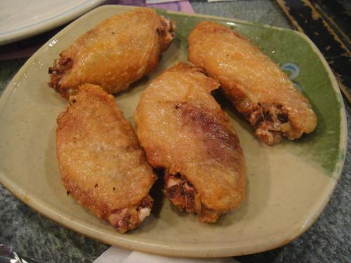 Crispy fried chicken wings with salt & pepper