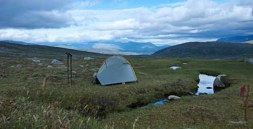 Camp below Lønstinden