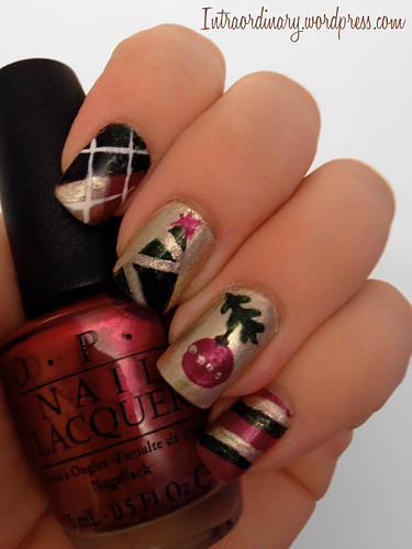 Christmas Nails by intraordinary