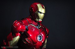 Hot Toys Iron Man 2 - Suit-Up Gantry with Mk IV Review MMS160 Unboxing - day1 (38)