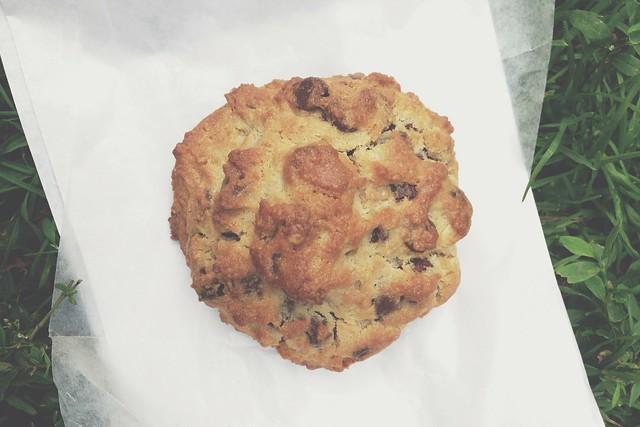 levain chocolate chip walnut cookie