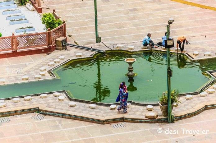 Water fountain Fathepuri Masjid Old Delhi 6