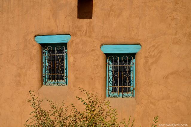 taospueblo_windows_web