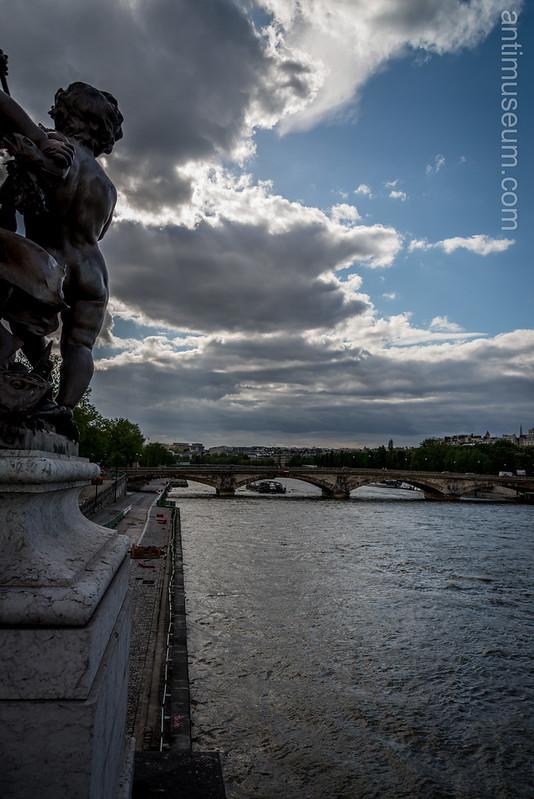 Pont des Invalides from Alexandre III in the sunset