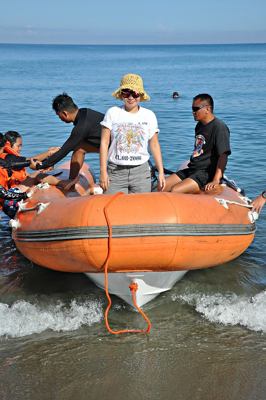 Search and Rescue Rubber Boat Operation Class 07- 2013 (11)