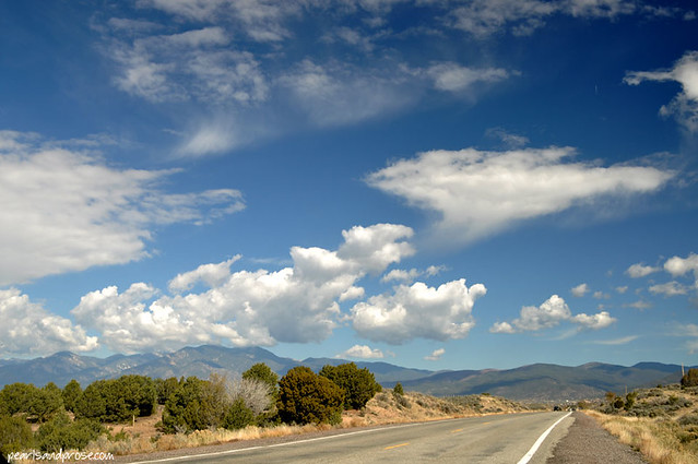 NM_taos_highway_web