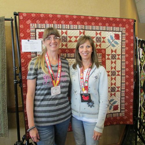 At Utah Quilt Festival in Midway Utah with Quiltscapes... by ruthiequilts