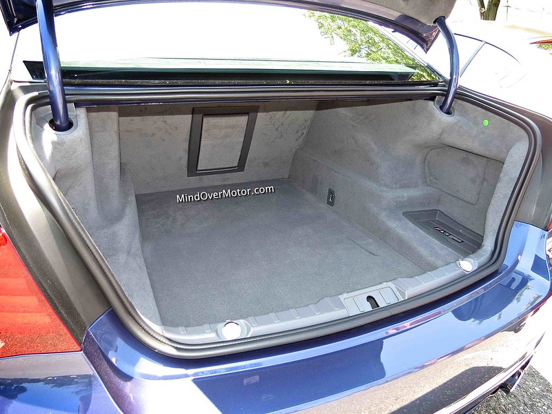 BMW Alpina B7 Trunk
