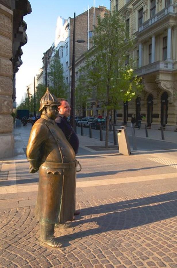 Статуя городового, Будапешт, Венгрия