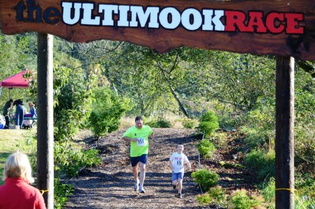 2013 XC Ultimook Race Mook Runners