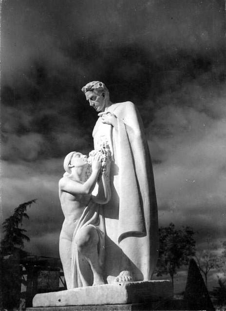 Palacio de la Sisla en 1935. Fotografía Josep Gaspar i Serra © Arxiu Nacional de Catalunya. Signatura ANC1-23-N-1551