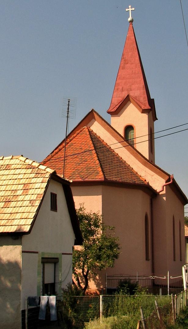 Evanjelický kostol v H. Strhároch