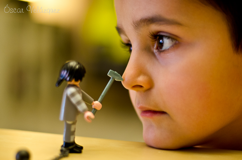 Tom Vs Playmobil