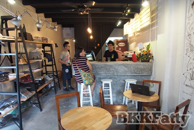 the alley cafe in penang and pop up store