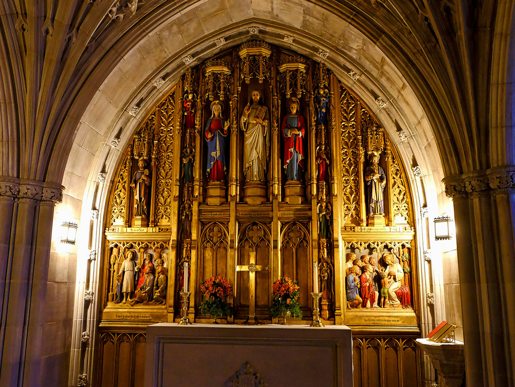Imagen gratis del altar de una iglesia