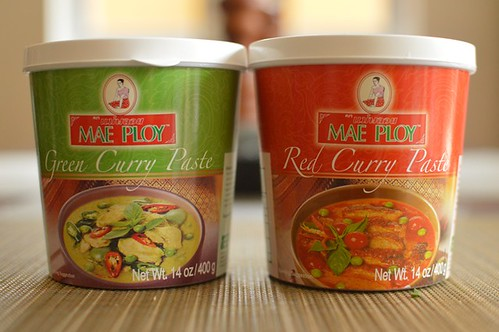 Mae Ploy curry pastes