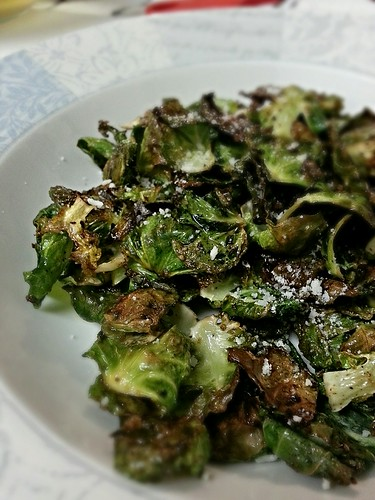 Roasted brussel sprout leaves by pipsyq