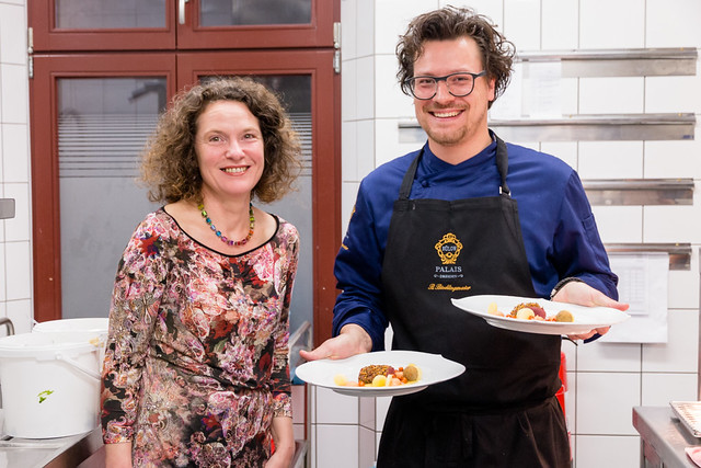 In der Küche serviert der Chef persönlich