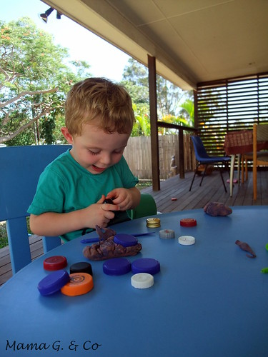 Activity a day #1 - Playdough (7)