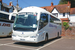 YN04GGY - Richard Taylor Travel, Hitchen