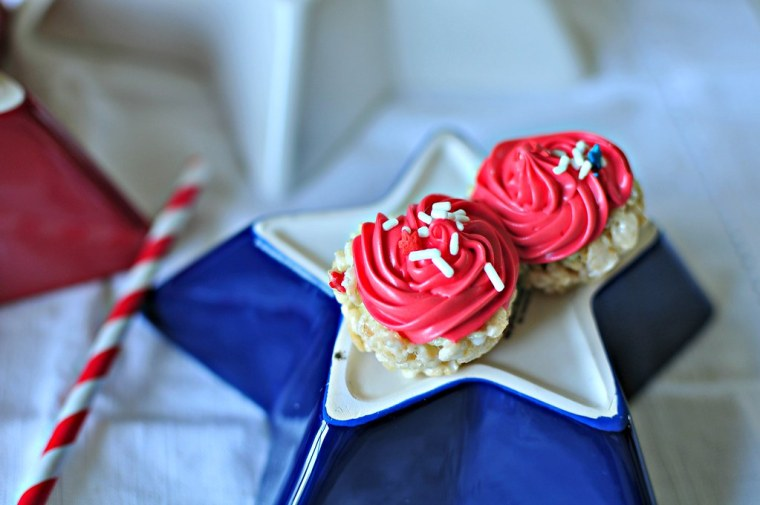 4th of July Rice Krispie Cupcakes 4
